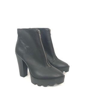 Mia Size 7.5 Black Nata Chucky Zip Front Booties